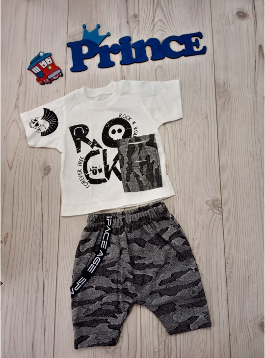 Летний комплект для мальчика футболка с шортами