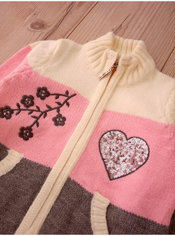 Для девочки очень тёплая зимняя кофта на молнии